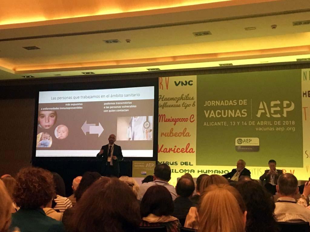 Grupo IHP participa en las Jornadas de Vacunas de Alicante