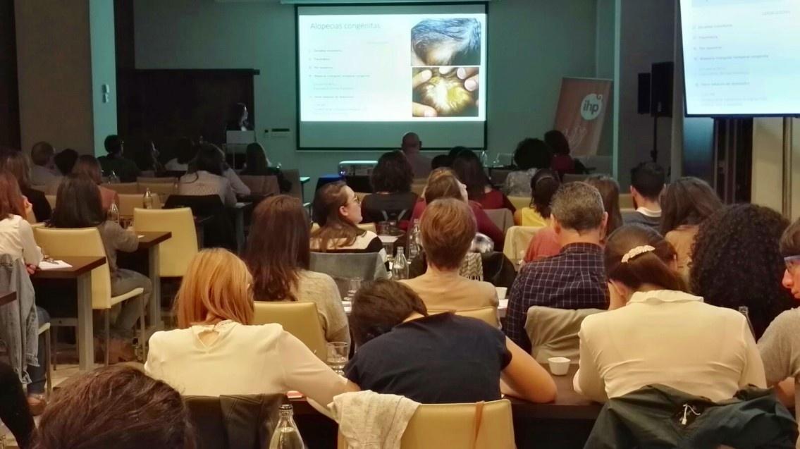 Más 80 profesionales se citan en el curso de dermatología pediátrica de Grupo IHP