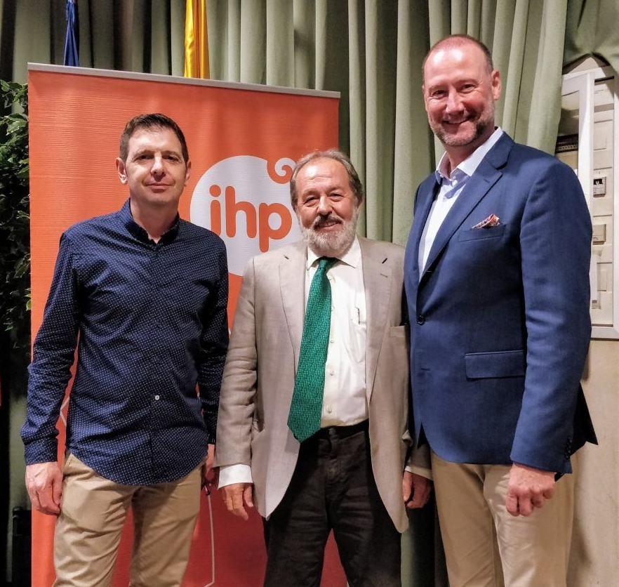 """Pedro García Aguado: """"Todo se educa y a educar también se aprende"""""""