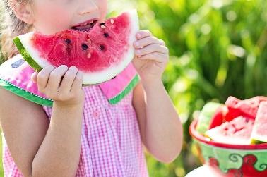 Niños en verano: la importancia de la hidratación y de la nutrición