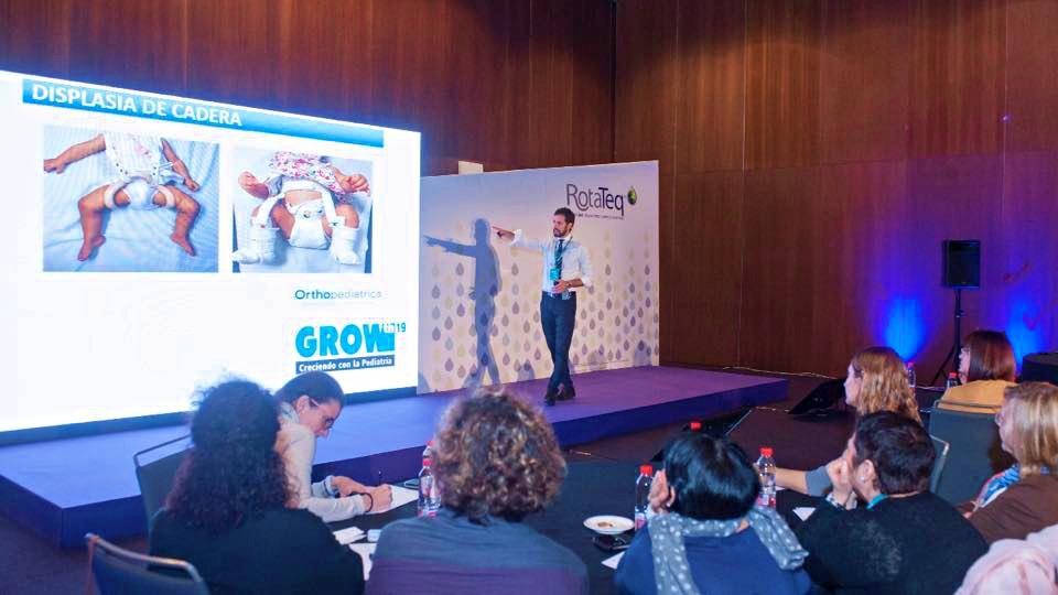 Grupo IHP reivindica la formación en vacunas ante 400 pediatras en Sevilla
