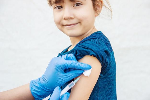 España es el cuarto país de la Unión Europea que más confía en las vacunas