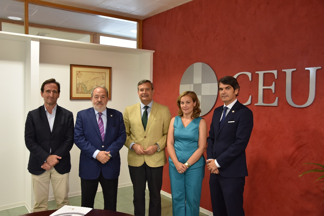 Grupo IHP ofrecerá prácticas profesionales a los alumnos de CEU Andalucía