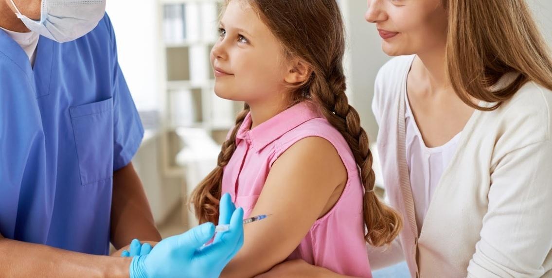 Sanidad, a favor de la vacunación del sarampión a los nacidos antes de 1970