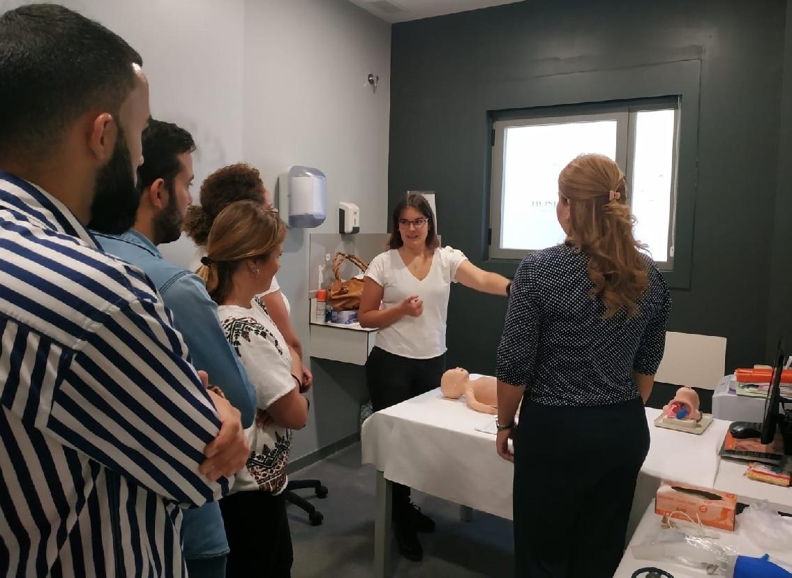 Grupo IHP imparte en Huelva un curso de RCP completa neonatal