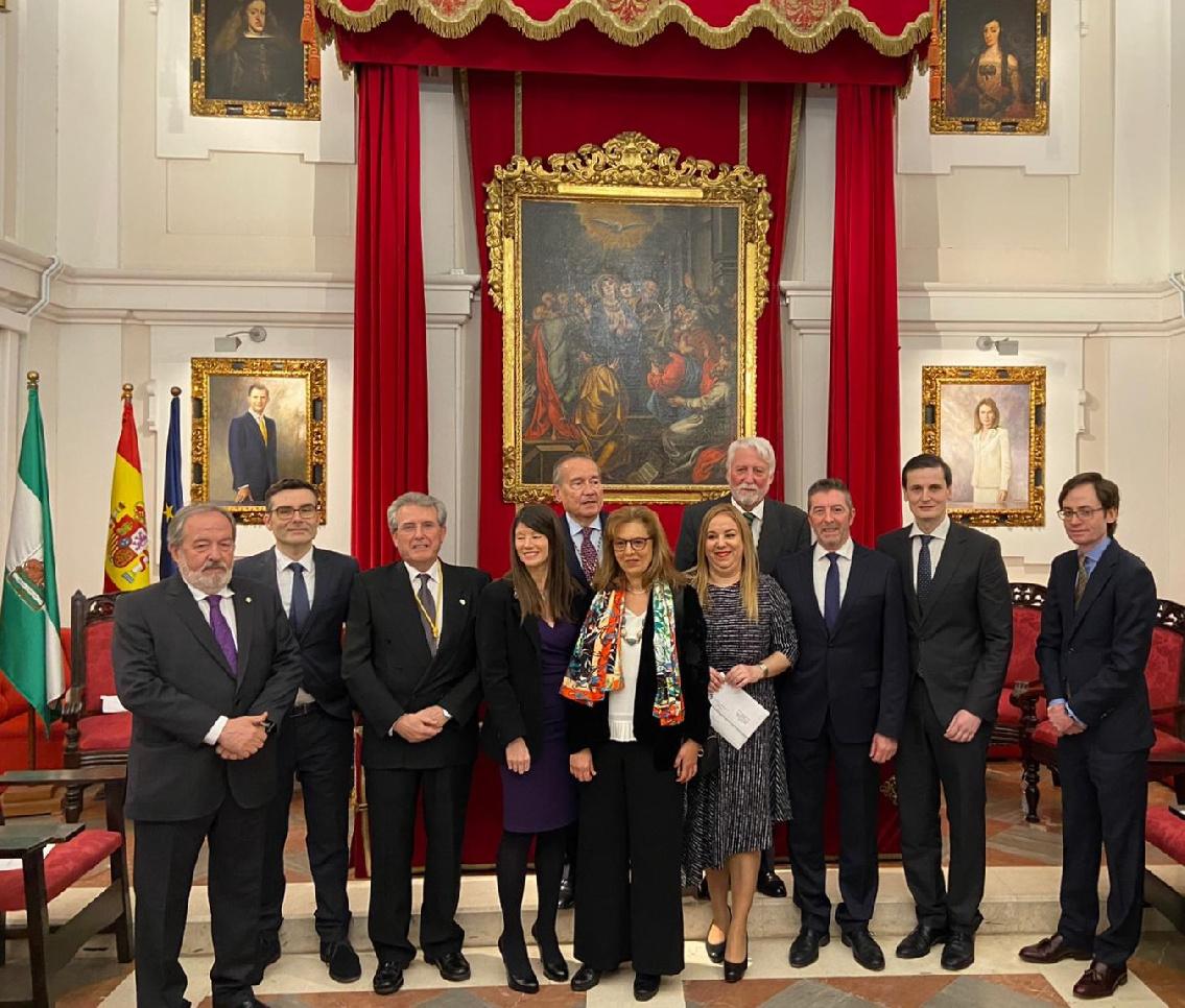 El Dr. Joaquín Reyes, premiado por la Academia de Medicina y Cirugía de Sevilla