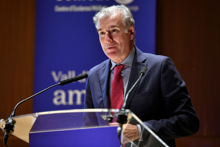 El Dr. Francisco Giménez participa en el simposio «COVID-19 vaccines are coming» del Instituto Balmis de Vacunas