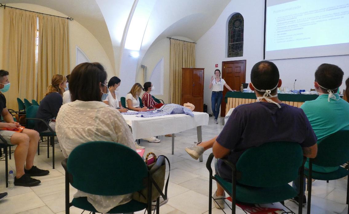 Grupo IHP imparte en Córdoba dos talleres sobre RCP para recién nacidos