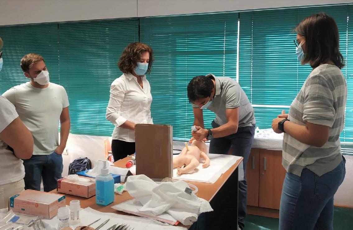 Cerca de medio centenar de participantes en el curso de Reanimación Cardiopulmonar neonatal completa