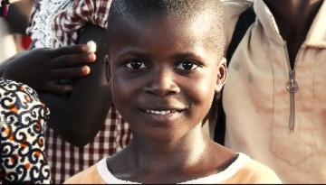 Nuevo documental IHP: Campaña de vacunación en Costa de Marfil