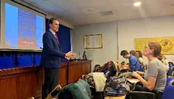 Más de 100 pediatras se forman con Grupo IHP en las últimas técnicas de traumatología infantil