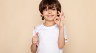 Higiene bucodental en niños: cómo deben cepillarse los dientes según su edad